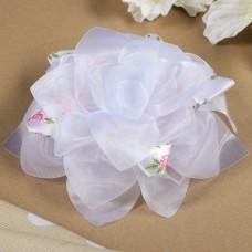 Бант для девочек с резинкой Весна белый, с атласной лентой, 18 см