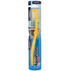 Зубная щетка Aquafresh (Аквафреш) Family, средней жесткости