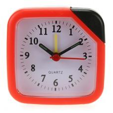 Часы-будильник пластмассовые Студентка, циферблат белый с подсветкой, цвет оранжевый, 7х7х3 см
