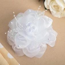 Бант для девочек с резинкой «Белые фиалки», цвет белый, 15 см